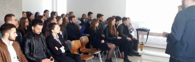 """Prezentarea Universității """"Al. I. Cuza"""" Iași la Seminarul din Dorohoi"""