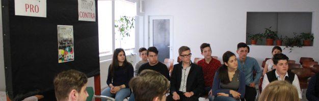Dezbatere privind consumul de droguri la Seminarul Teologic Dorohoi